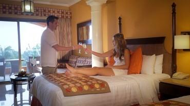 Rooms Resort Video